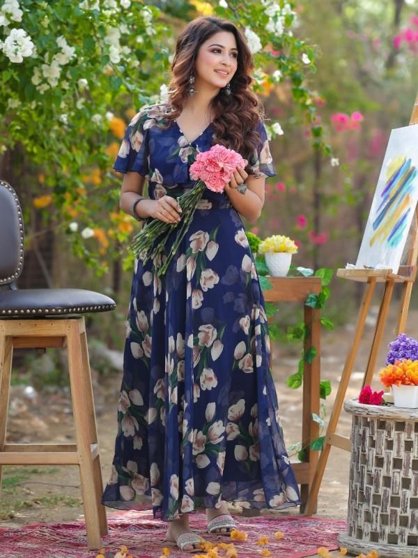 Chiffon With Cotton Lining  Fabrics Long Kurti In Royal Blue Color