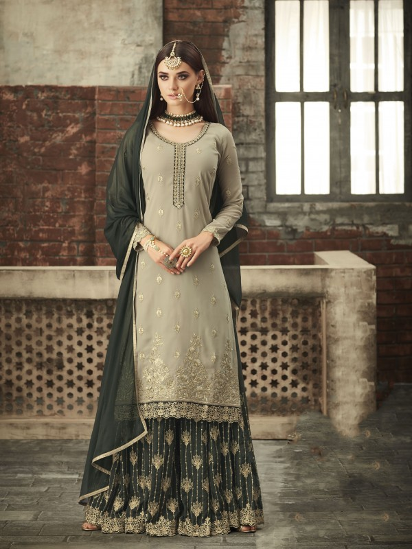 Georgette Sharara In Greay With Thread & Stone Work