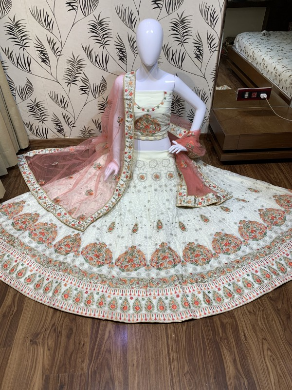Heavy Georgette Party Wear Lehenga In White Color With Embroidery Work