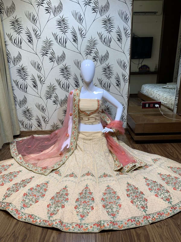 Heavy Georgette Party Wear Lehenga In Peach Color With Embroidery Work
