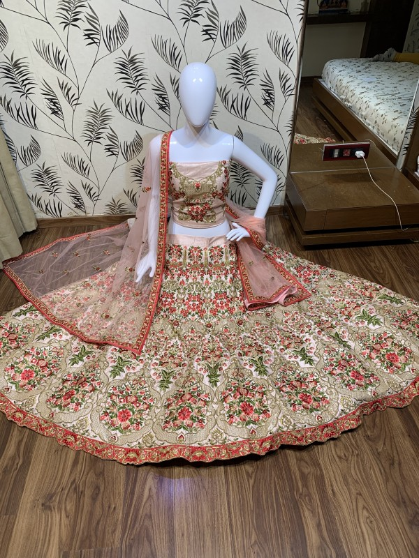 Luxury silk Party Wear Lehenga In Pastel Pink Color With Embroidery Work
