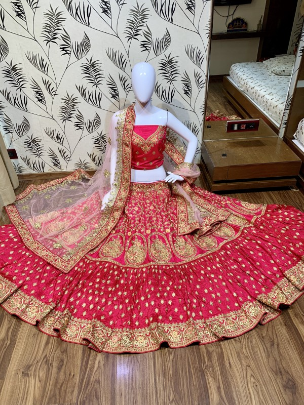 Pure Raw Silk Wedding Lehenga in Dark Pnk color With Embroidery Work & Stone Work