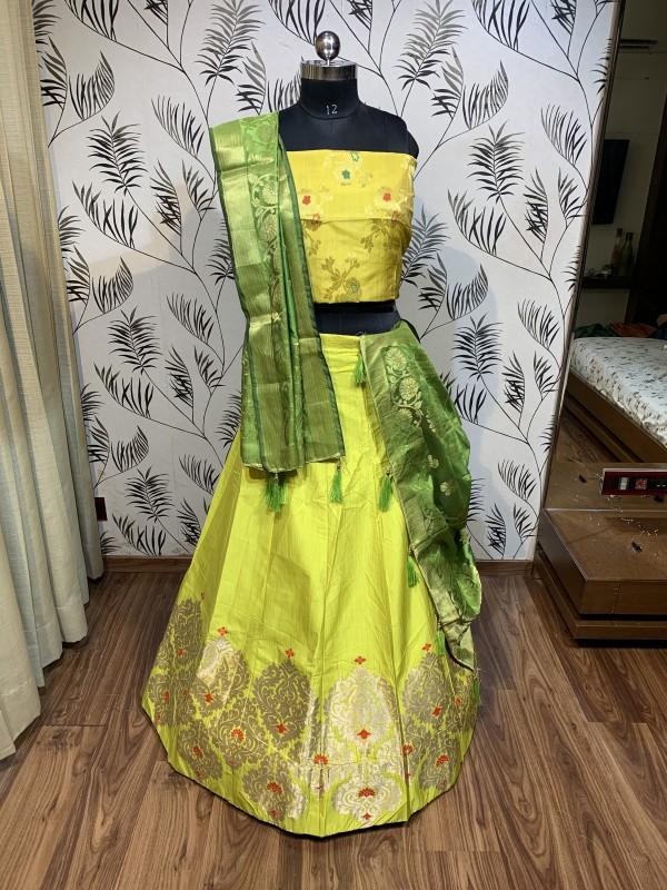 Pure Banarasi Silk Traditional Wear Lehenga In Yellow Color