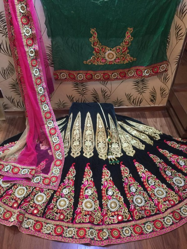 Pure Micro Velvet Wedding Lehenga In Green With Handwork