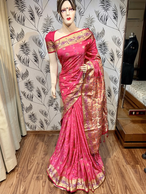 Pure Banarasi Silk Wedding Wear Saree In Pink With Handwork