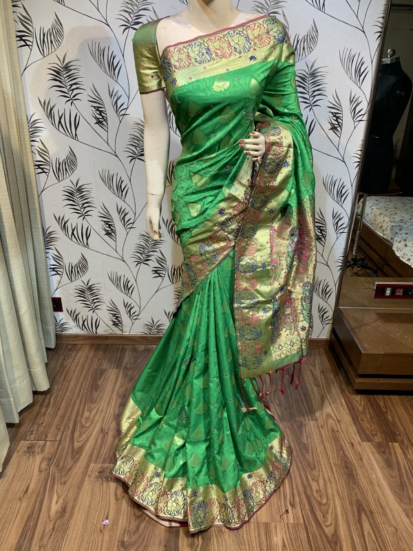 Pure Banarasi Silk Wedding Wear Saree In Green With Handwork